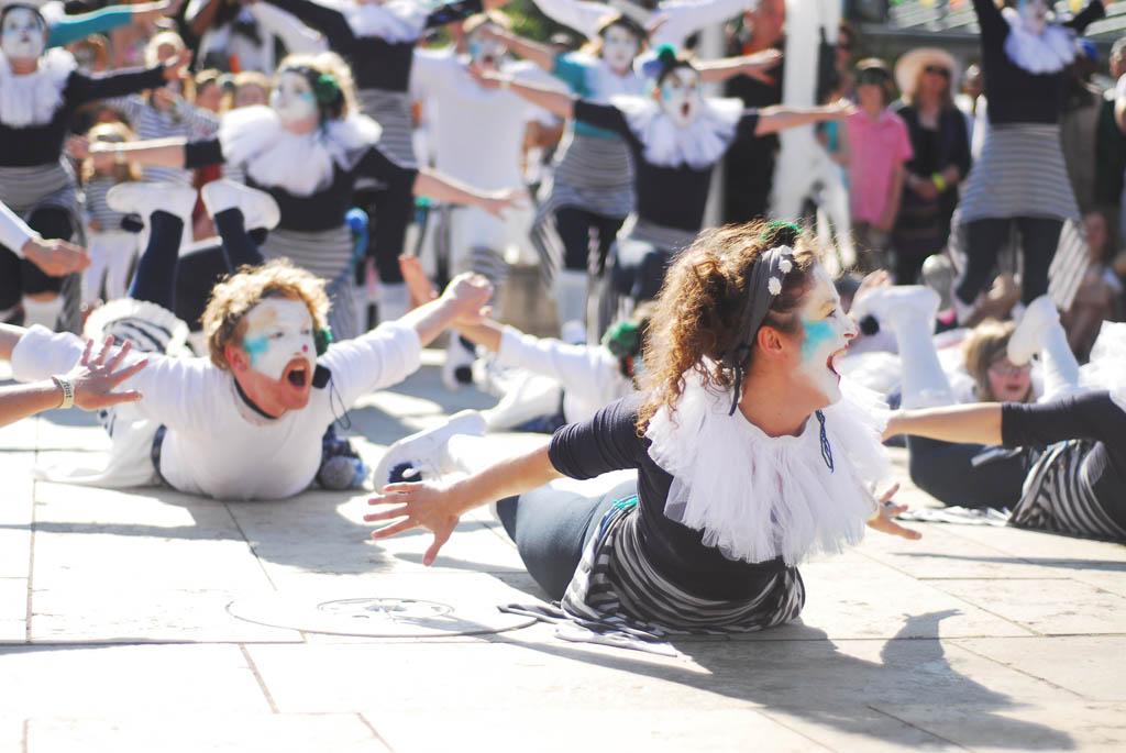 The Original Spinners Bristol Harbour festival We set Sail Dance.